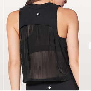 Lululemon pleated back tank